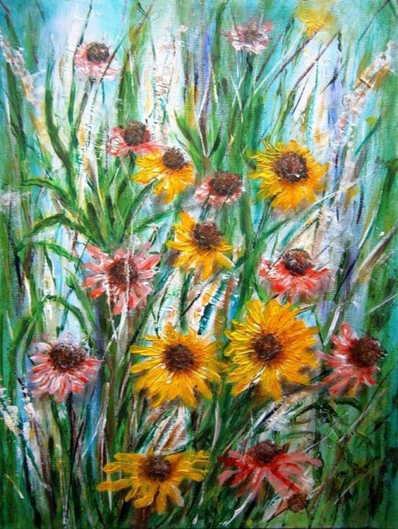 Flowers in the garden.. - Image 0