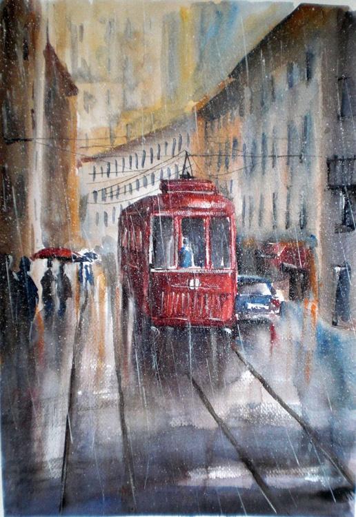 red tram - Image 0