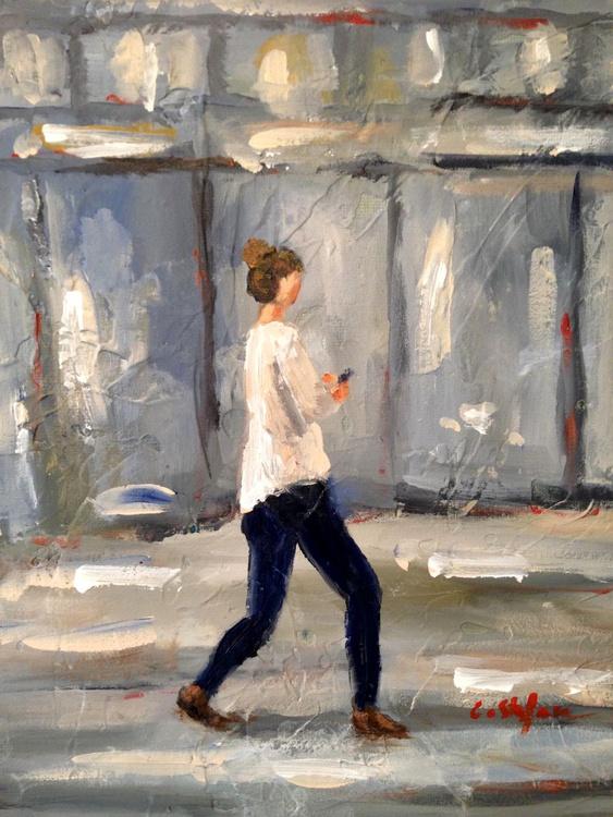 Woman texting while walking (Study) - Image 0