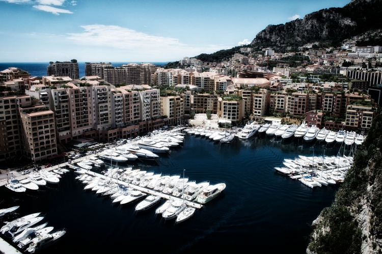 Inky Black Marina Monaco - Image 0