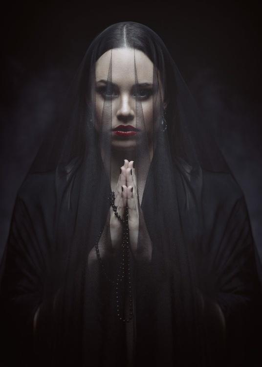 Widow III - Image 0