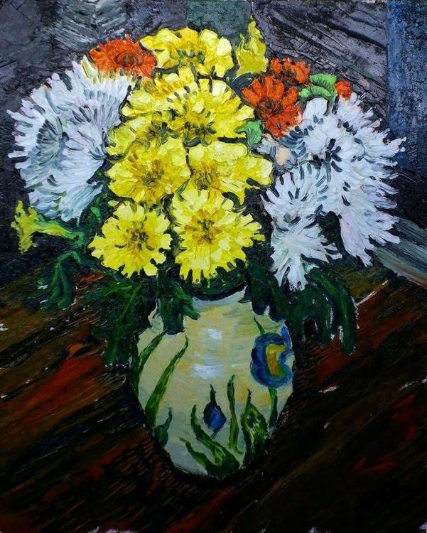 Flowers in a Paul Jackson vase - Image 0