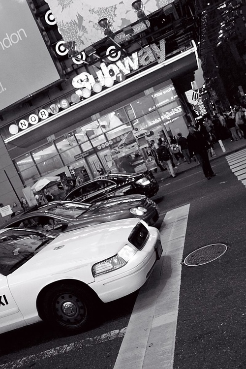 Taxi or Subway? - black and white (B&W) - Image 0