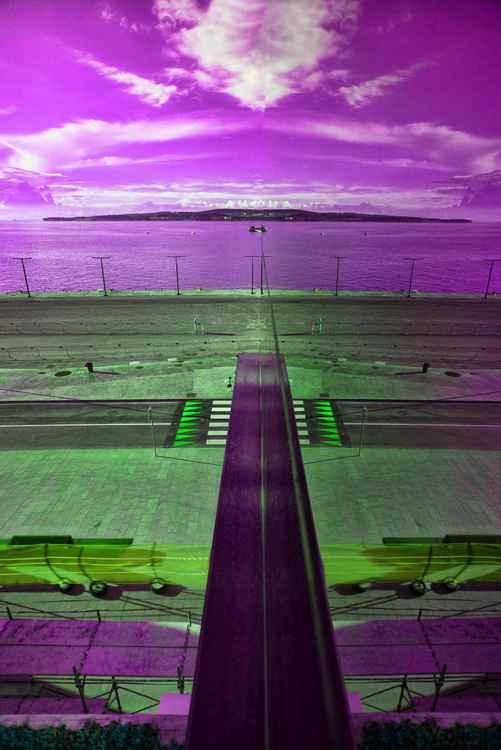 Alien landing -