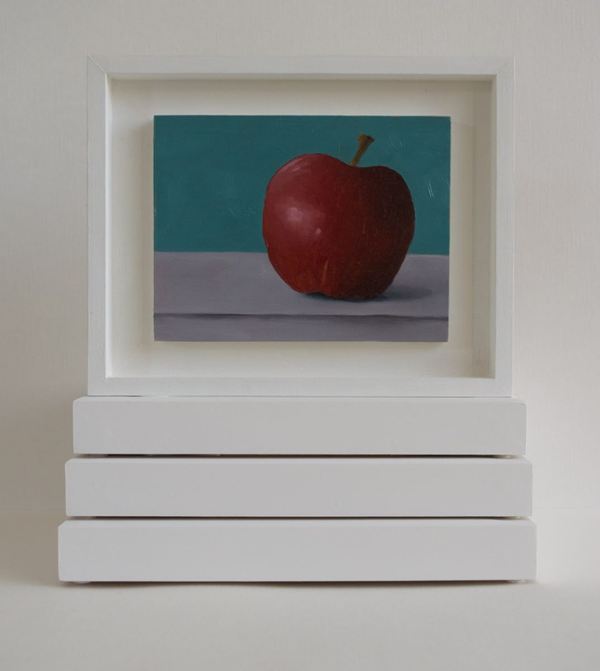 Still life with apple, peace miniature - Image 0