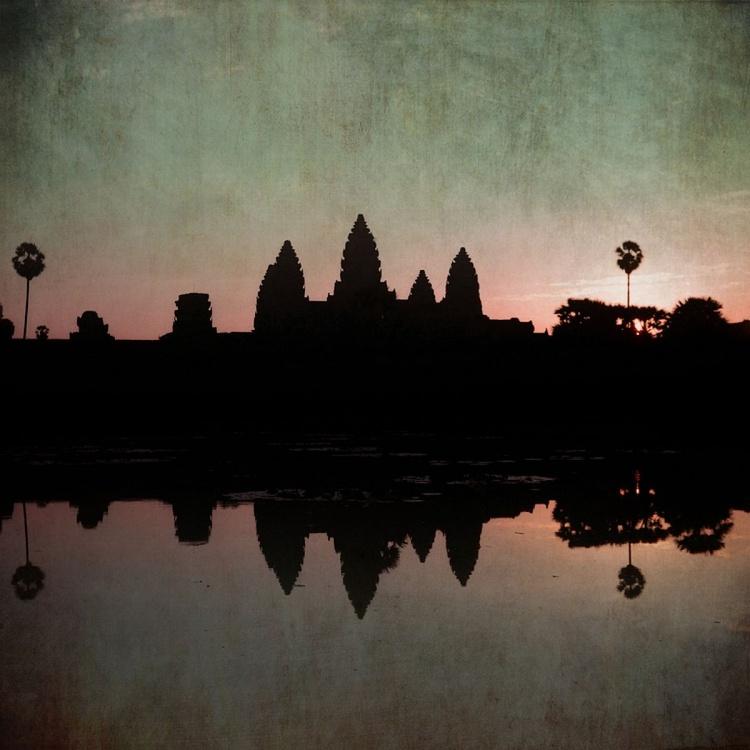 Angkor Wat 4:34 - Image 0