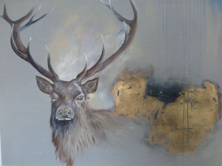 Golden stag - Image 0