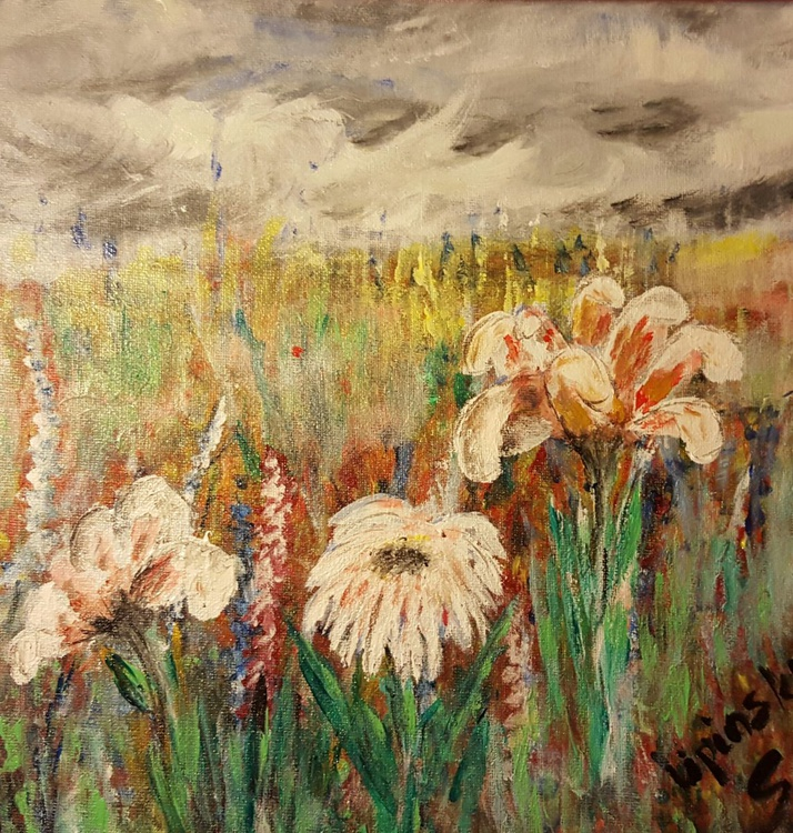Happy meadow in cloudy day. - Image 0