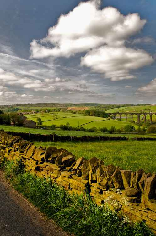 Hewenden Viaduct. Yorkshire, UK -