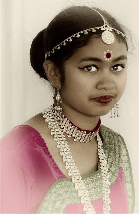 Indian Girl - Image 0