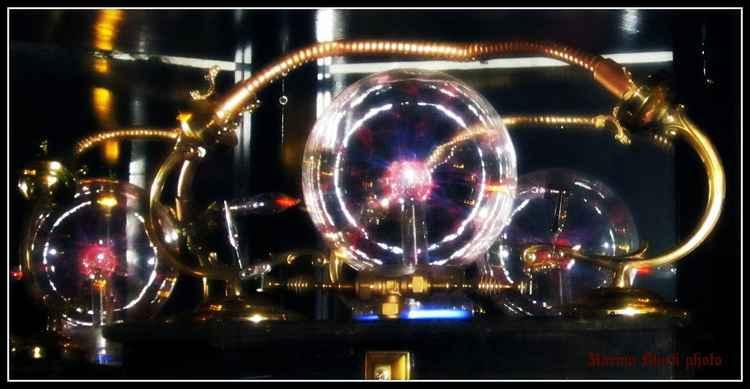 Steampunk Sci-Fi Spheres -