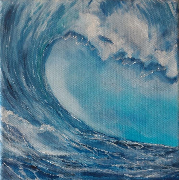 Wave #009 - Image 0