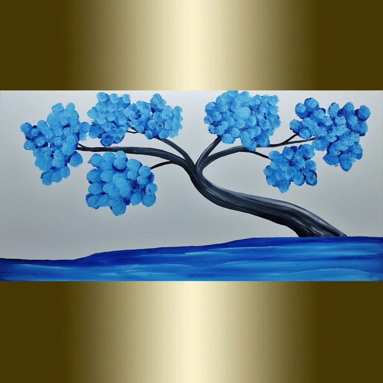 Blue tree. - Image 0