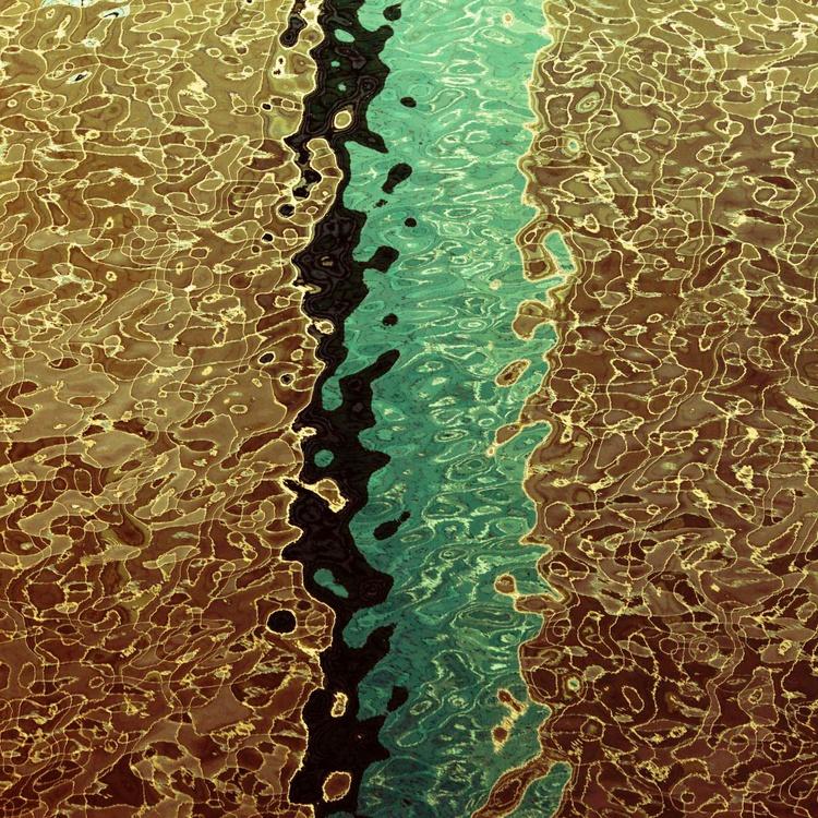 Splash line - Image 0