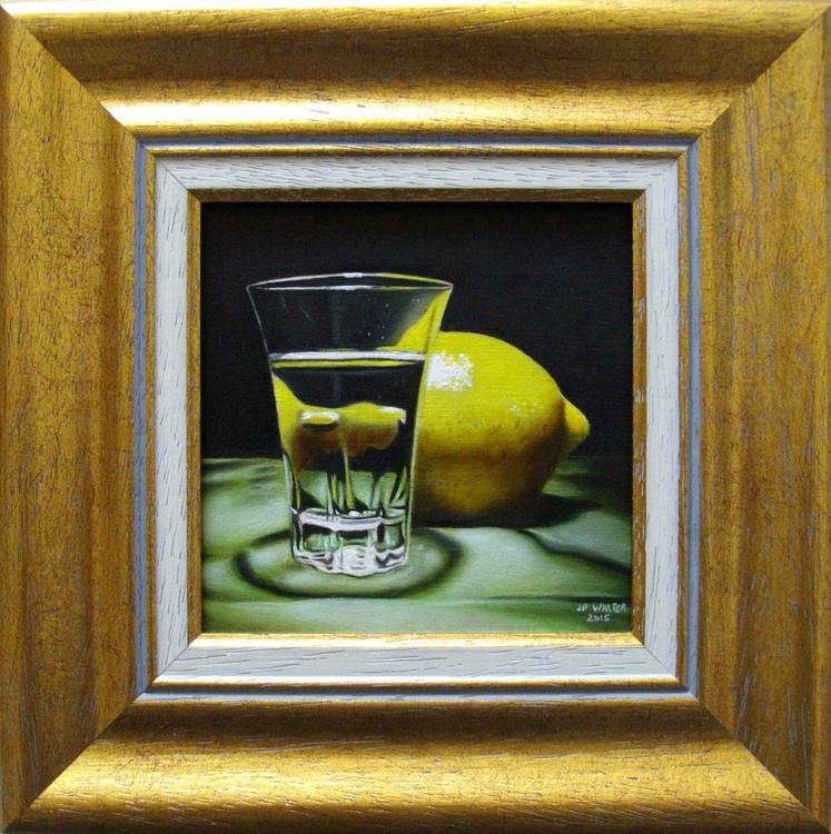Lemon on green - Image 0