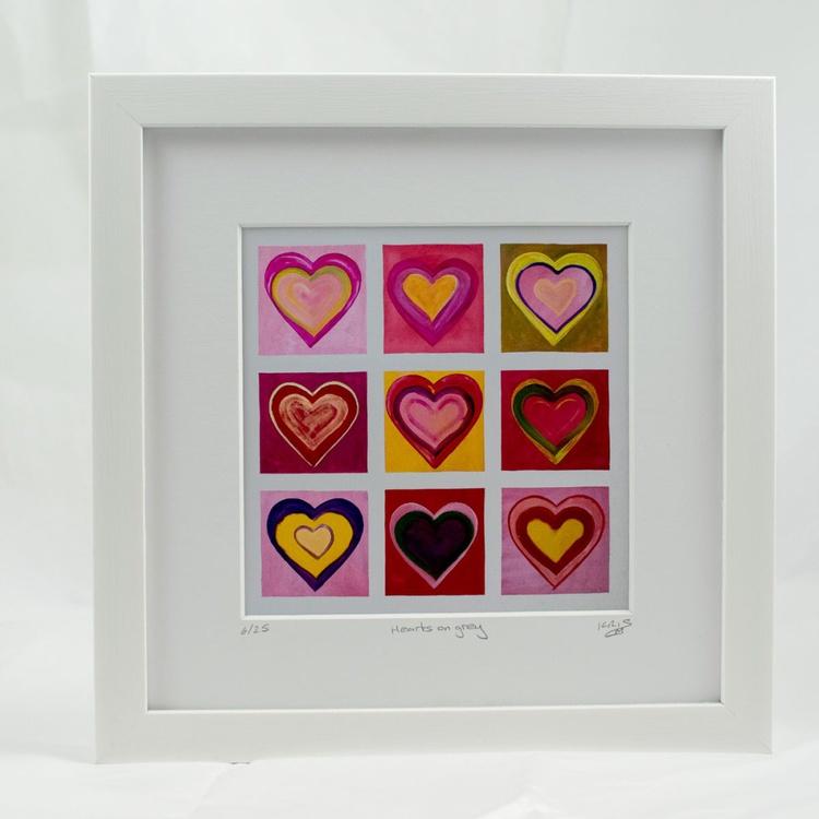 Hearts on grey - Image 0