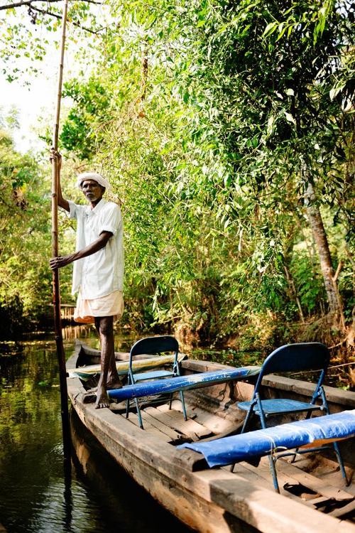 Boatman, Kerala Backwaters. (42x59cm) - Image 0