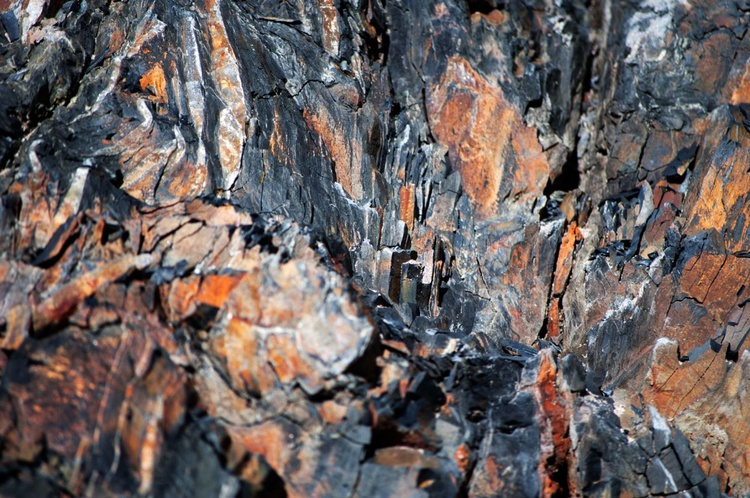 Rock Riffs No.2 - 1/25 - 18x12in Aluminium Mounted - Image 0