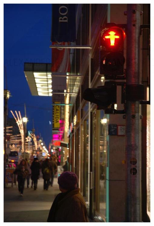 Night 12 Berlin - Image 0