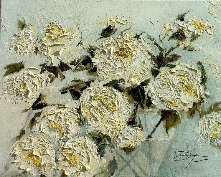 Bunch of  White Roses - Image 0