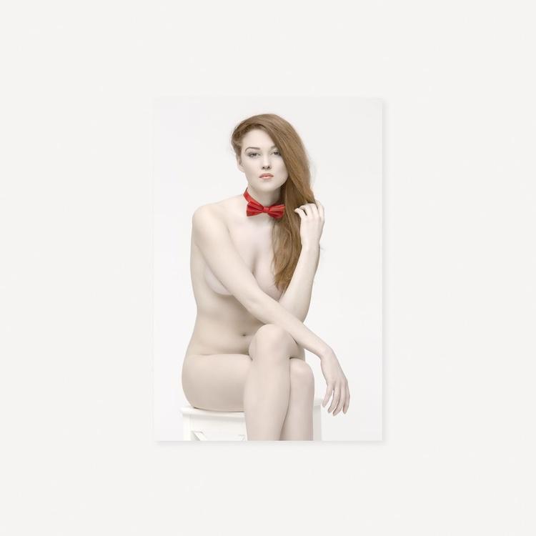 Naked whiteness III - Image 0