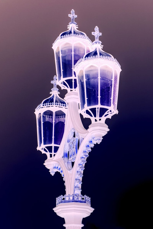 """STREETLAMP WESTMINSTER (BOLD) Limited edition  3/50 8""""x12"""" - Image 0"""