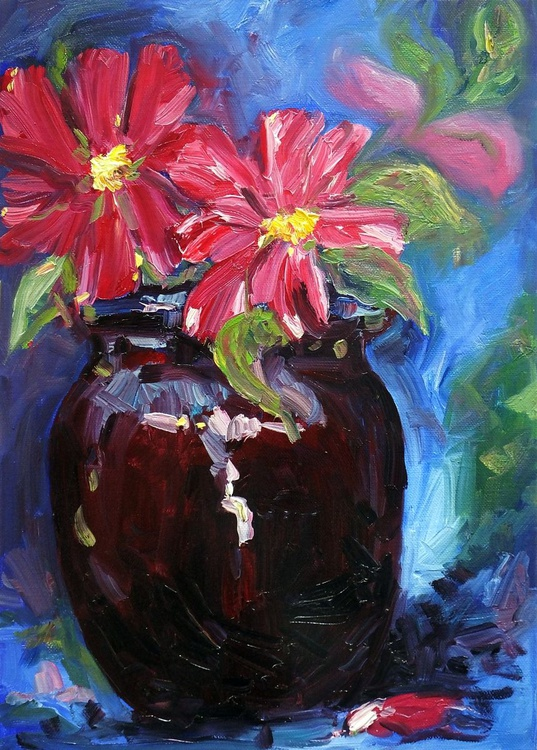 Pot with red flowers - Image 0