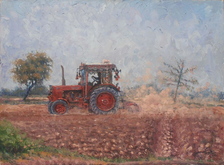 Tractor in the fields - Image 0
