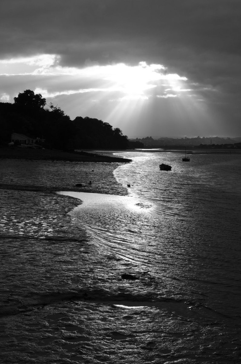 Nightfall on the estuary - Image 0