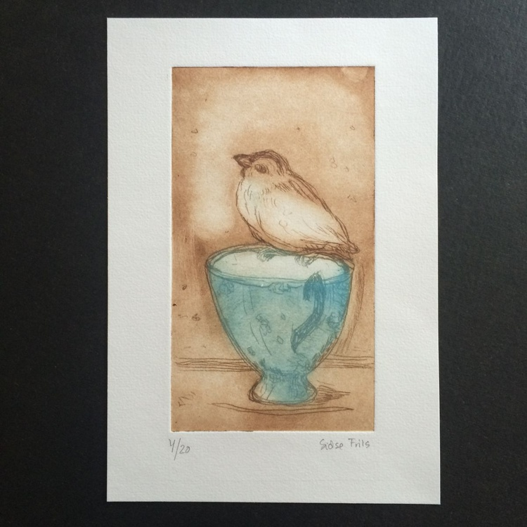 Little bird on cup - Image 0