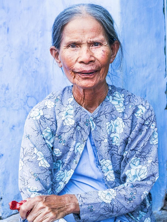 THE BLUE LADY OF HOI AN. - Image 0