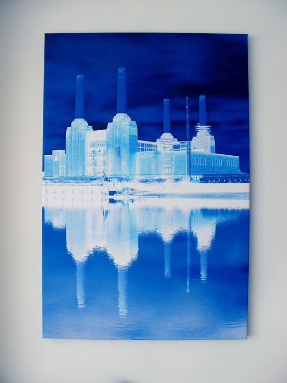 BATTERSEA BLUE ON CANVAS (LIMITED EDITION 2/10) - Image 0