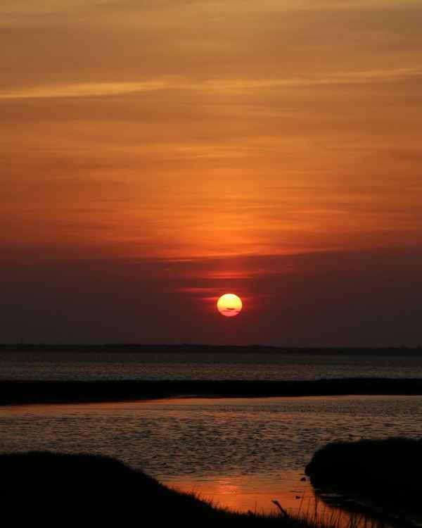 Spring sunset on Barnegat Bay