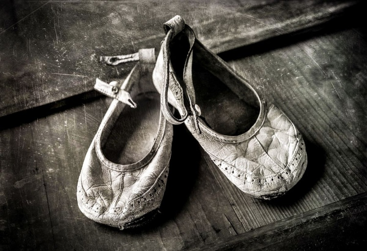 MY FIRST SHOES - Image 0