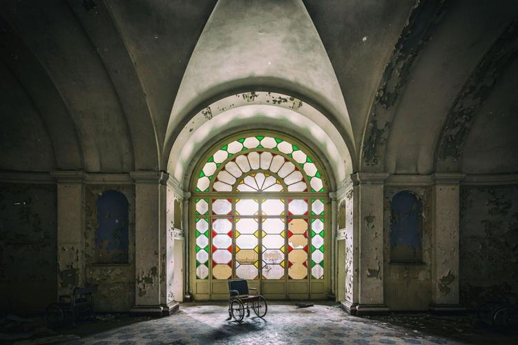 Manicomio Light - Small - Image 0