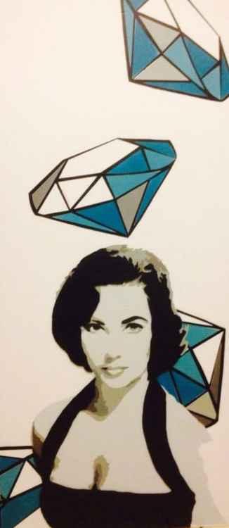 Liz in the sky of Diamonds