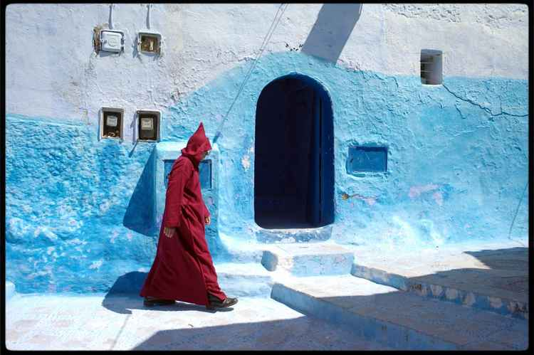 Chefchaouen :   series Walk on By  1 -