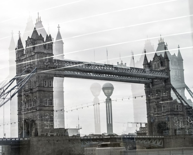 """TOWER BRIDGE DOUBLE VISION (Limited edition  1/200 10""""X8"""") - Image 0"""