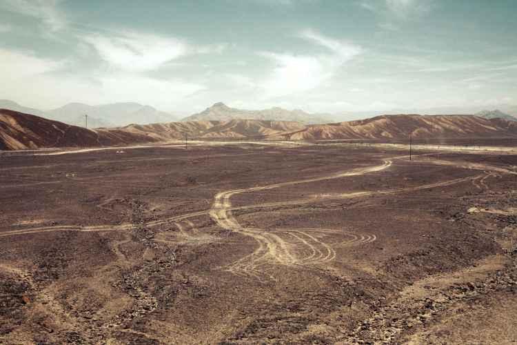 Nazca tracks -
