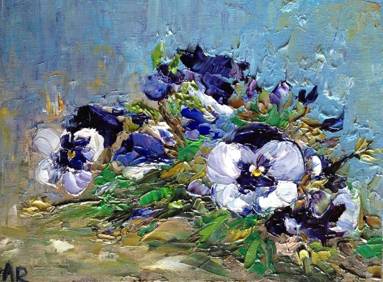 Pansies in mum's garden - Image 0