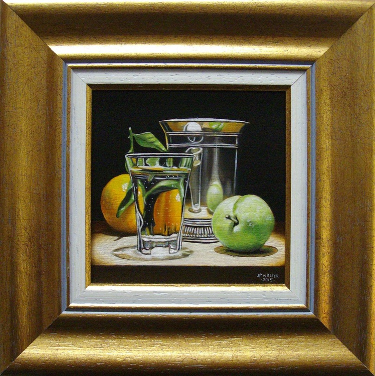 Green plum in silver - Image 0