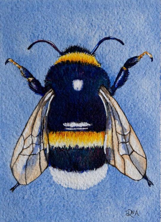 Bumble Bee - Image 0