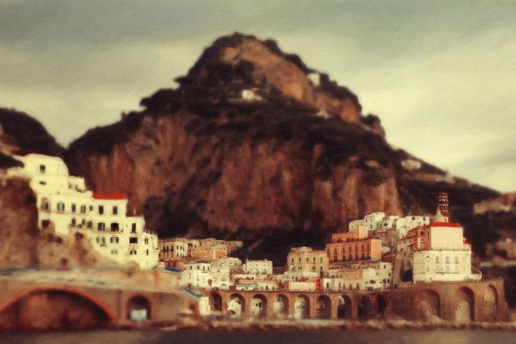 Amalfi Atrani from the sea - Image 0