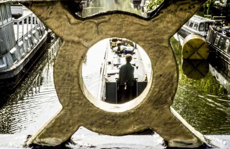 """Sailing down the Regent's Canal Limited edition  1/150 12""""x 8"""" - Image 0"""