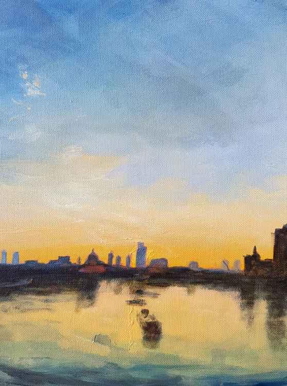 London City, Dawn