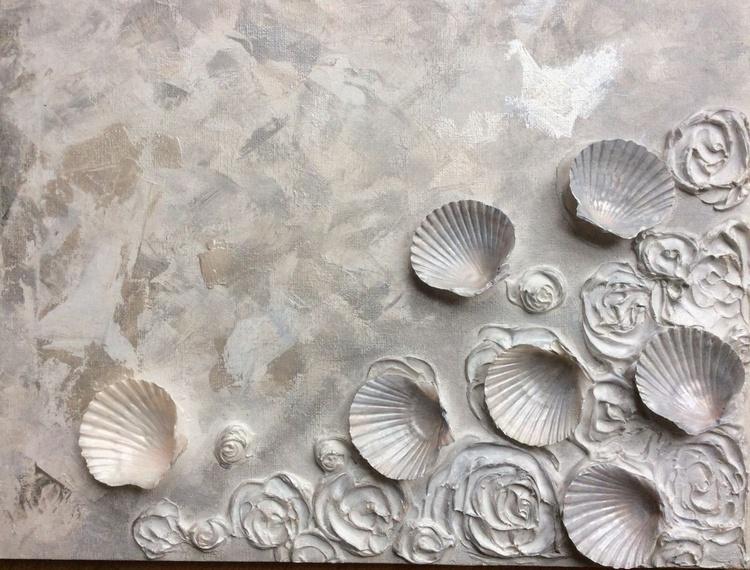 Shells & Roses. - Image 0