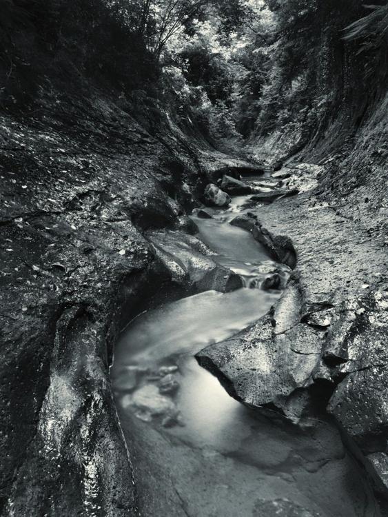 Rocky stream valley - Image 0