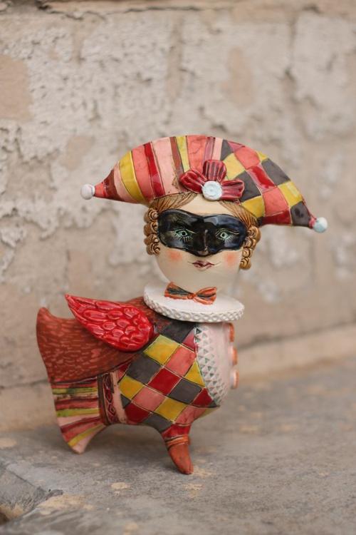 Masked bird II. Ceramic sculpture - Image 0