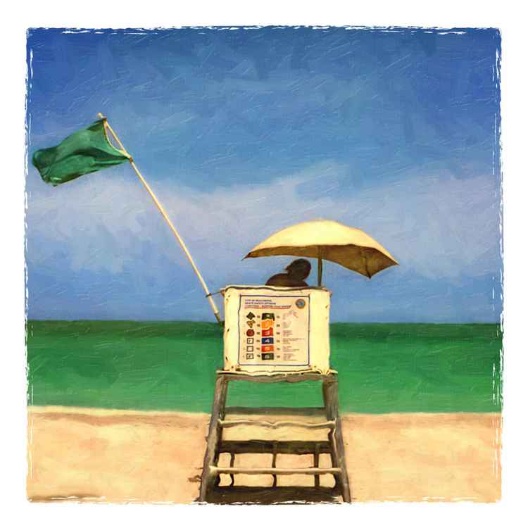 Lifeguard Stand with Green Flag, Hollywood Beach, FL -