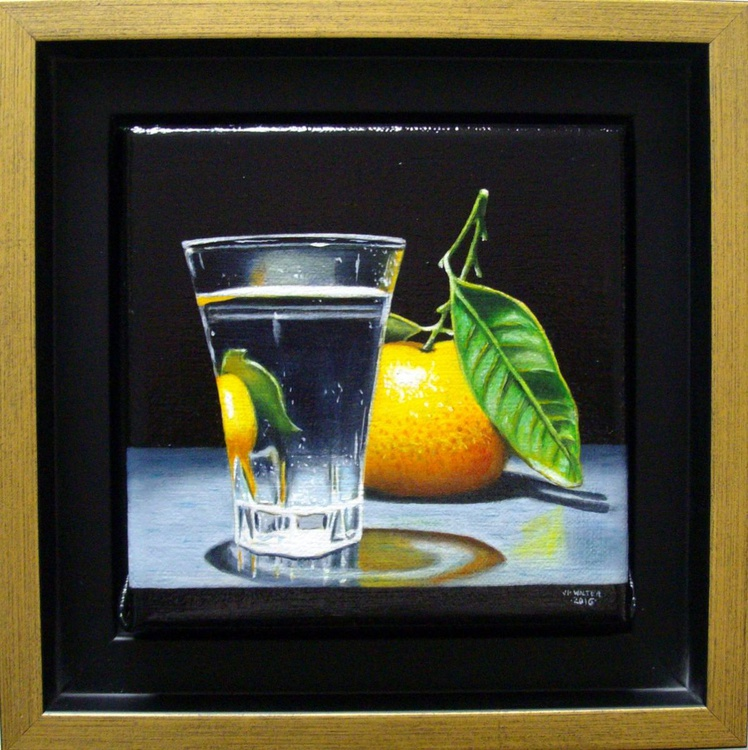 Shot glass and clementine - Image 0